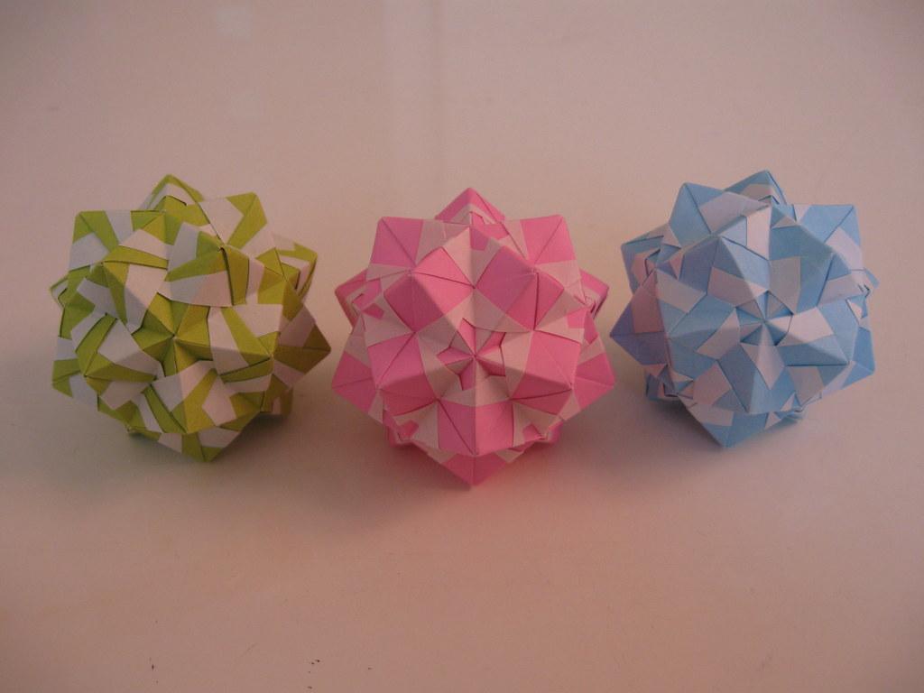 Marvelous Modular Origami | 768x1024