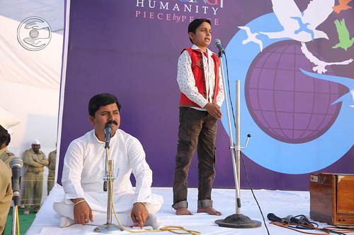 Child devotee expresses his views