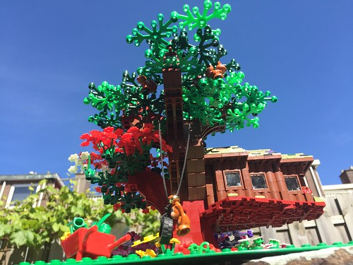 Lego MOC treehouse | by hetwonder