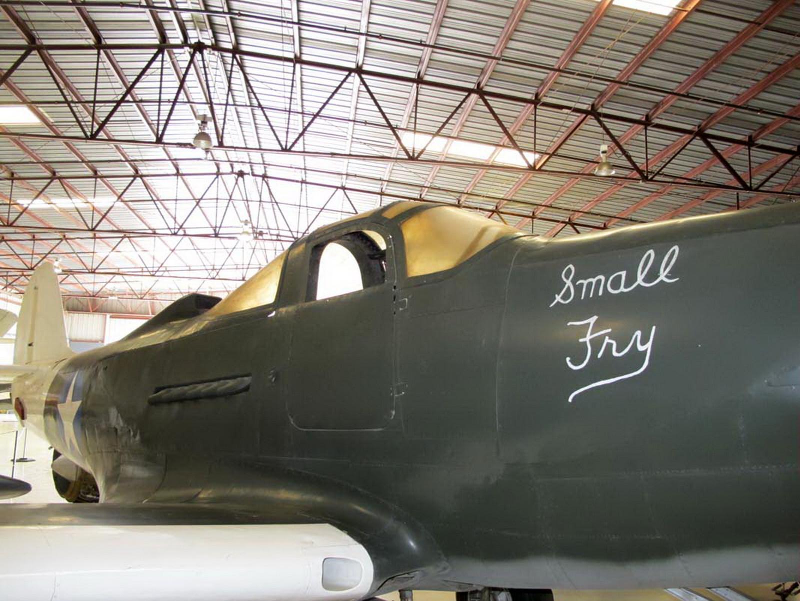 Bell P-39N Airacobra (12)