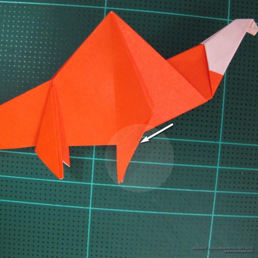 วิธีการพับกระดาษเป็นรูปไดโนเสาร์ (Origami Dinosaur) 024
