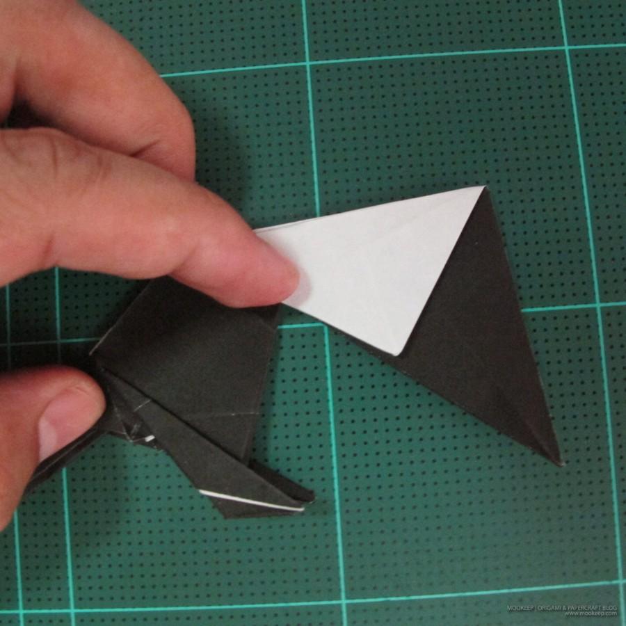 วิธีการพับกระดาษเป็นรูปจิงโจ้ (Origami Kangaroo) 027