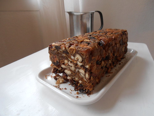 """The ridicuously easy fruitcake from the book """"God Jul"""" by May B. Langhelle 