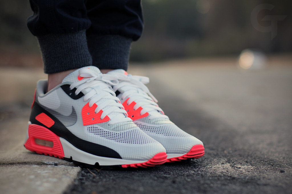 Nike Air Max 90 Hyperfuse Infrared | 27 January 2014