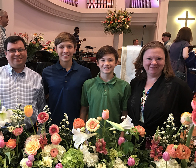 2017-04-16 Easter_family_pic