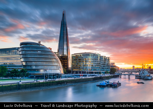 UK - England - London - New Skyline - Shard of Glass along River Thames - 95-storey skyscraper standing 309.6 metres (1,016 ft) high | by © Lucie Debelkova / www.luciedebelkova.com