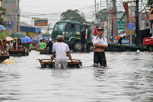 Flooding from Typhoon Ondoy (Ketsana), Philippines 2009. Photo: AusAID | by DFAT photo library
