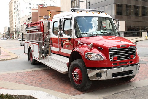 Akron Fire Department Engine 11 | by Seluryar