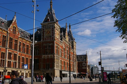 17-111  Amsterdam Centraal Station | by Clive G'