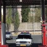 16-Poniendo gas al taxi