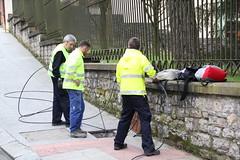 Técnicos de la empresa Indartel Comunicaciones relizando trabajos de cableado