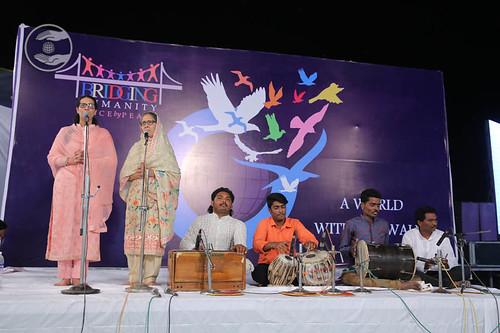 Punjabi devotional song by Manisha and Saathi from Solapur