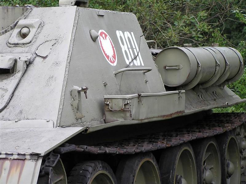 SU-85 3