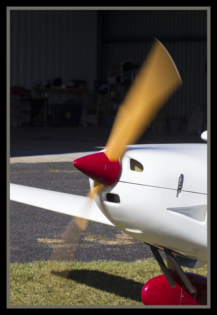 Slow spinning propellor-1=
