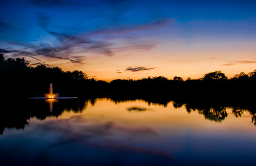 longexposure sunset summer sun lake water fountain colors weather night reflections evening still nikon colorful cloudy calm neighborhood nikkor18200mmvr nikond90