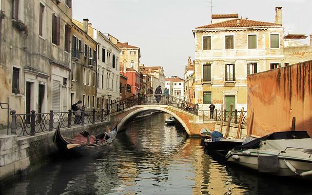Venezia , di canale in canale ... (serie)