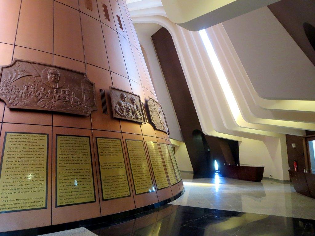 Mausoleu de Agostinho Neto
