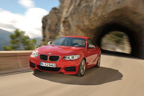 2014 BMW 2 Series (202)  - SMADEMEDIA MaediaGalleria Photo