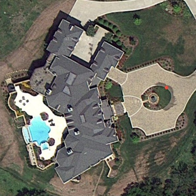 Look I Found Dave Ramsey S House It S Right Next To Lean Flickr