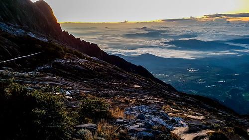 ascent base camp climb climbing clouds forest jungle kinabalu kota lodge malaysia mist mountain peak rainforest sabah sunrise sunset tenghilan mys