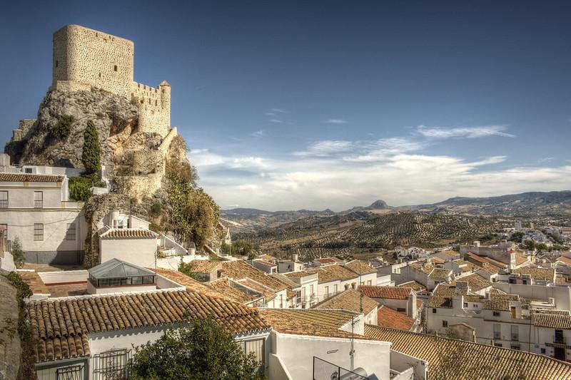 Castillo nazarí en Olvera