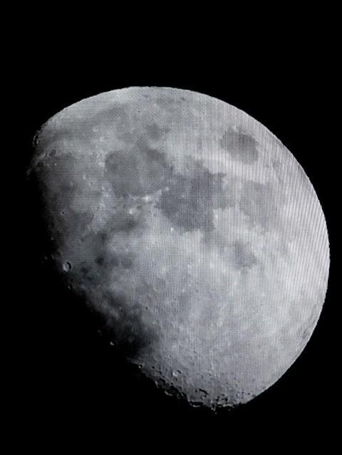 Luna natural