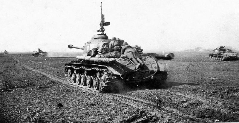 Tank IS-2 (5)