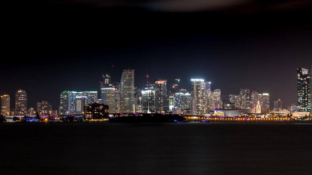 gay branchement spots Miami