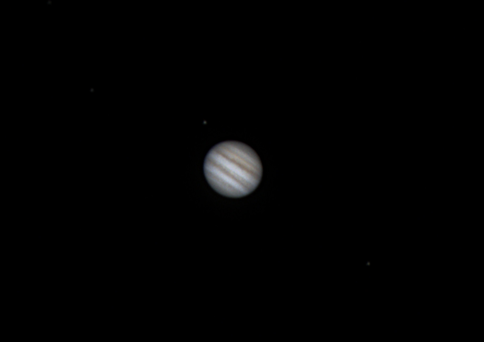 Jupiter 7Apr2017 with 3 moons