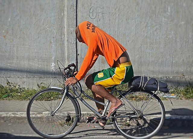 headless cyclist
