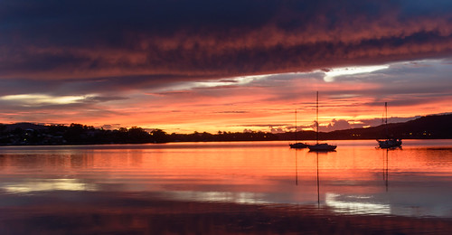 view water dream light landscape brisbanewater bay nature dawn reflections tascott beauty boats weather newsouthwales clouds koolewong nsw scene coastal scenery beautiful travel background scenic color sky waterscape sunrise centralcoast australia coast