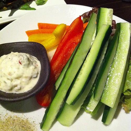 キュウリ多めの野菜スティック #dinner   by is_kyoto_jp