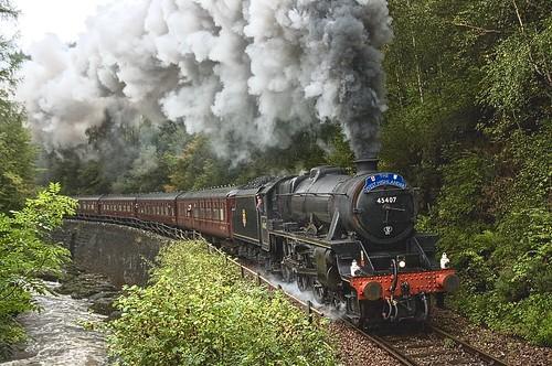 45407 black5 lms ianrileyengineering therailwaytouringcompany thewesthighlander monessiegorge 2011