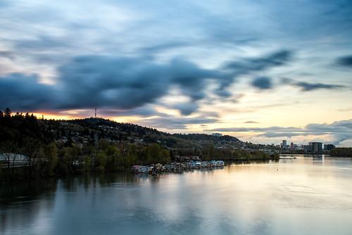 oregon portland willametteriver clouds dusk floatinghomes longexposure river skyline sunset