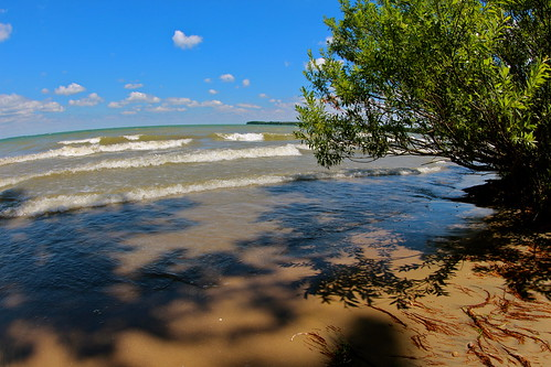 Lake Erie shoreline, Kelleys Island OH | by roy.luck