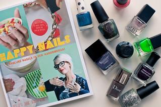Happy Nails   by kellysteenlandt.com