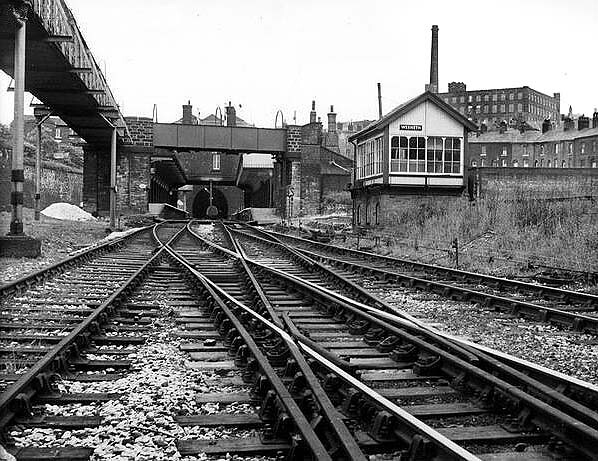 Oldham - Approaching Werneth Station with lines from Middleton Junction (left) and Manchester Victoria (right)
