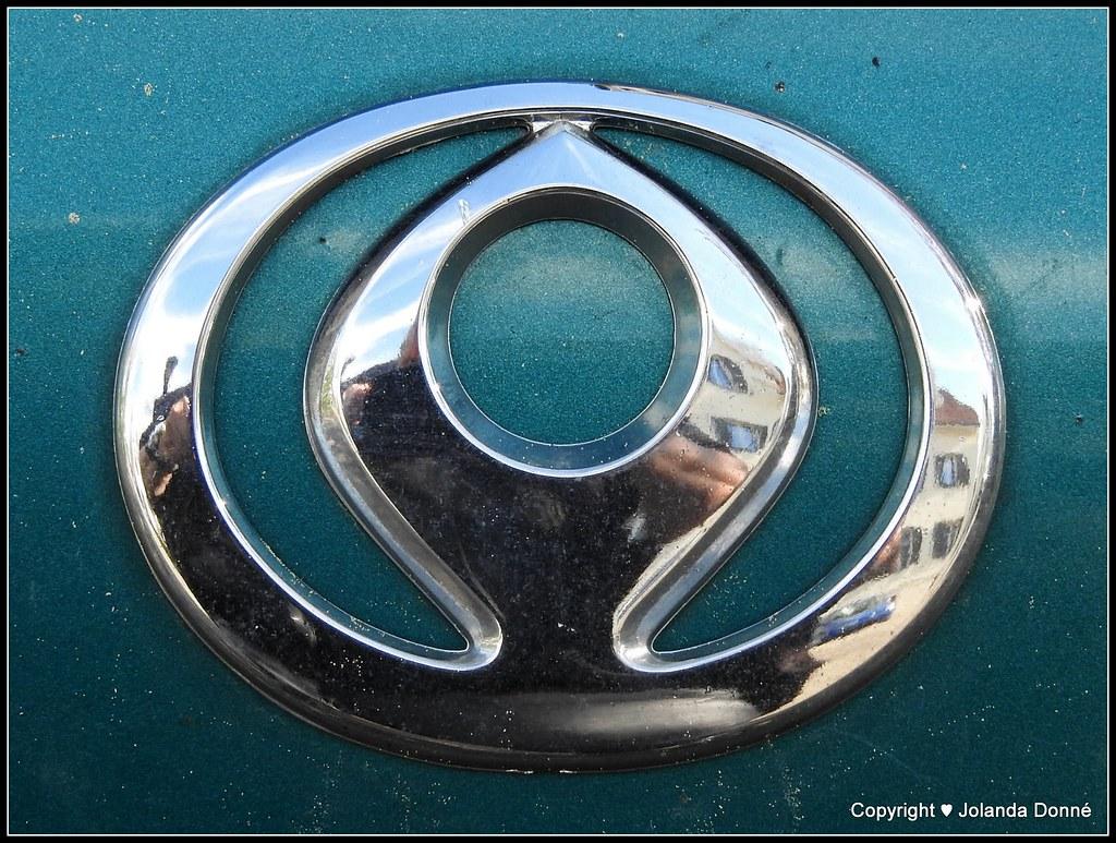 Mazda Mazda De Wikipedia Org Wiki Datei Mazda V1 Automarke Flickr