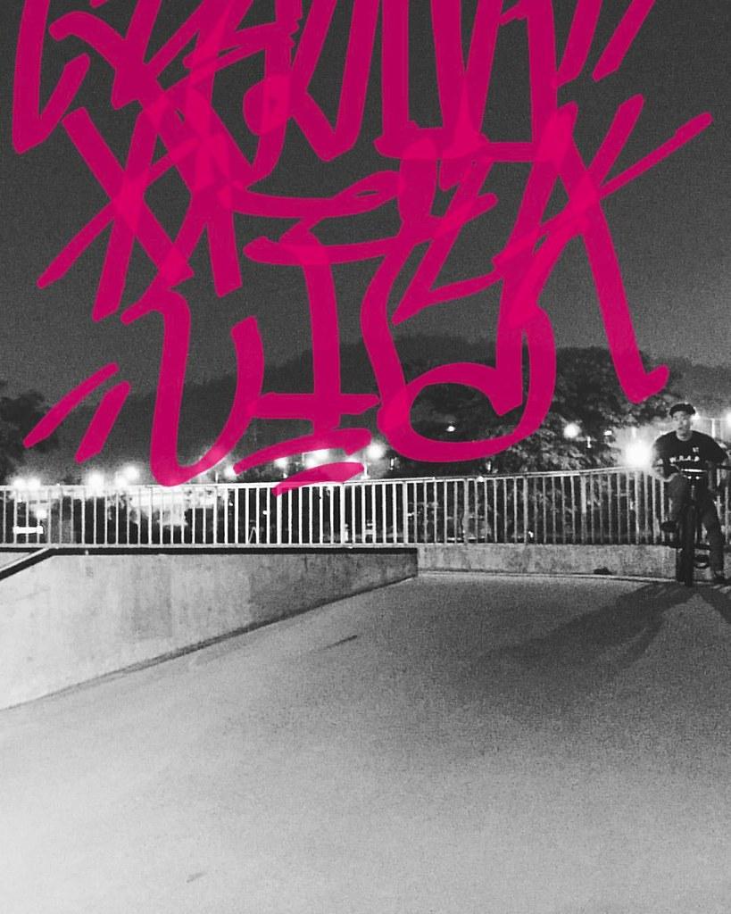 #ENDfgfs   @sim_mingki Nanzi Night Team Session :  #costaend   #fgfs #fixedgear #pedalbrigade #byclipse #bombtrack #ynotkorea #snrdeyewear #wkgraphic #팀이엔디 #픽스드기어 #