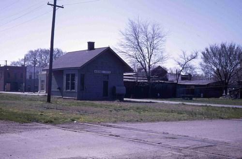 Mound City 198115 (1)