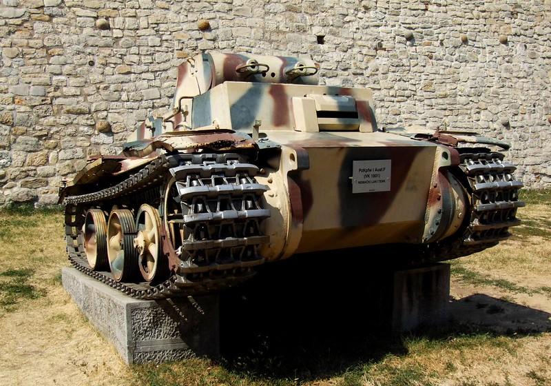 Pz.Kpfw. I Ausf. F - (VK.18.01)