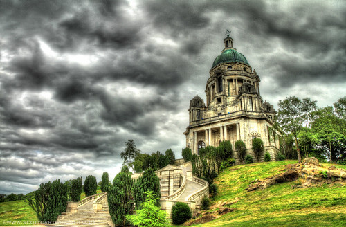 The Ashton Memorial HDR