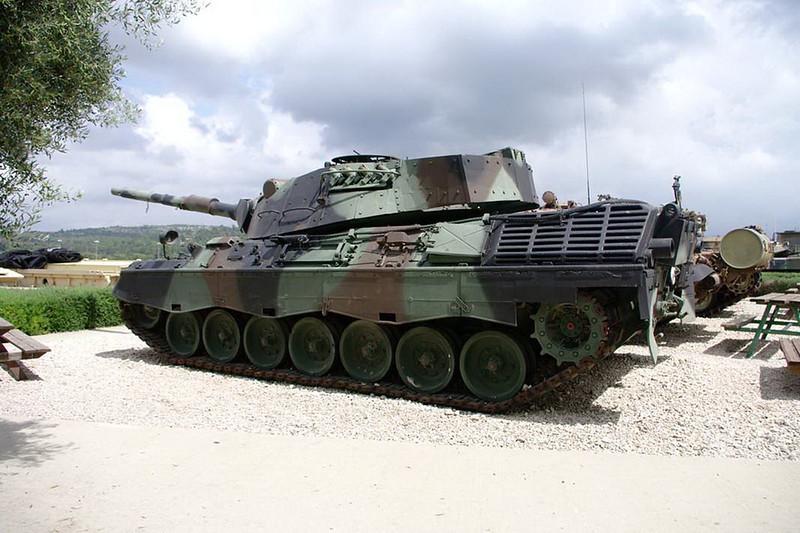 Leopard 1A1 (1)