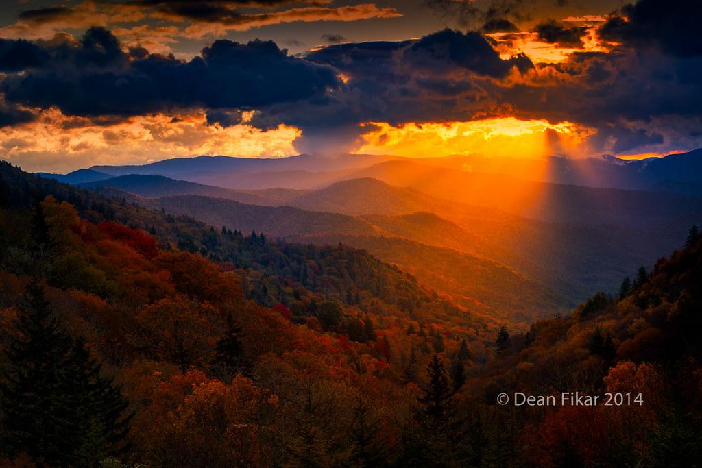 Autumn Sunrise In The Smokies Colorful Autumn Sunrise
