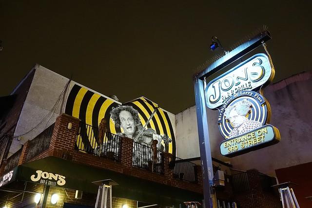 Jon's on South Street (3299)