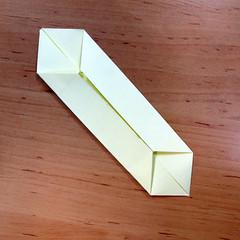 วิธีการพับกระดาษเป็นดอกบัวแบบแยกประกอบส่วน 005