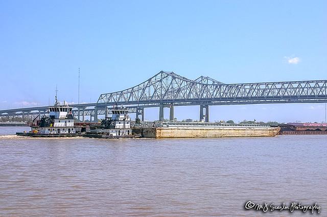 Tug Boats   Mississippi River   New Orleans