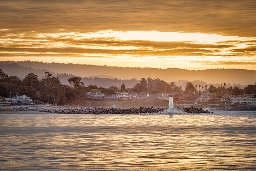 themes america building ca cali california lighthouse nature ocean santacruz sunrise water waves crashingwaves waltonlighthouse agua orange sun clouds cloudy cityscape city town urban landscape waterscape
