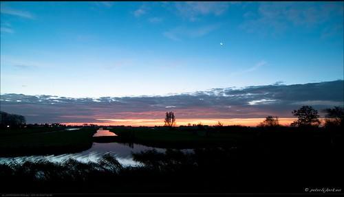 clouds sunrise wolken bluehour zonsopkomst eilandspolder peterbijkerkeu