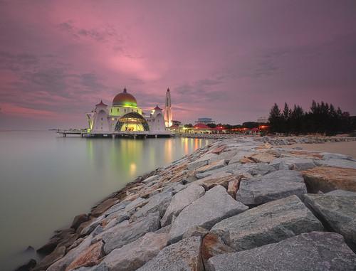sunset sea architecture night dawn design rocks cloudy dusk muslim islam culture mosque calm arabic malaysia straits melaka masjid malacca causeway selat